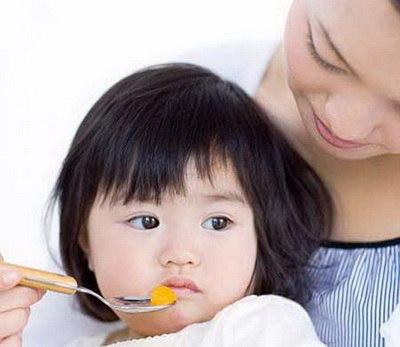 3 sai lầm cực lớn của cha mẹ việt khiến trẻ càng ngày càng biếng ăn - 1