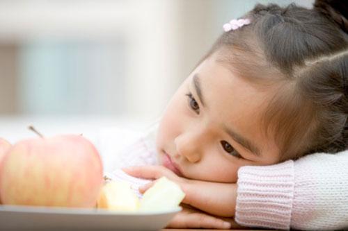 3 sai lầm cực lớn của cha mẹ việt khiến trẻ càng ngày càng biếng ăn - 3