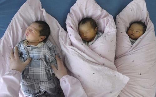 4 bà mẹ thánh ngoại tình vẫn bị lộ vì hai con song sinh khác bố - 4