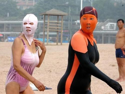 Cách chống cháy nắng gây ám ảnh nhất của các chị em là đây - 6