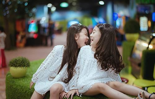 Đốn tim với 2 cô bé hotgirl hà nội chân dài không đợi tuổi - 4