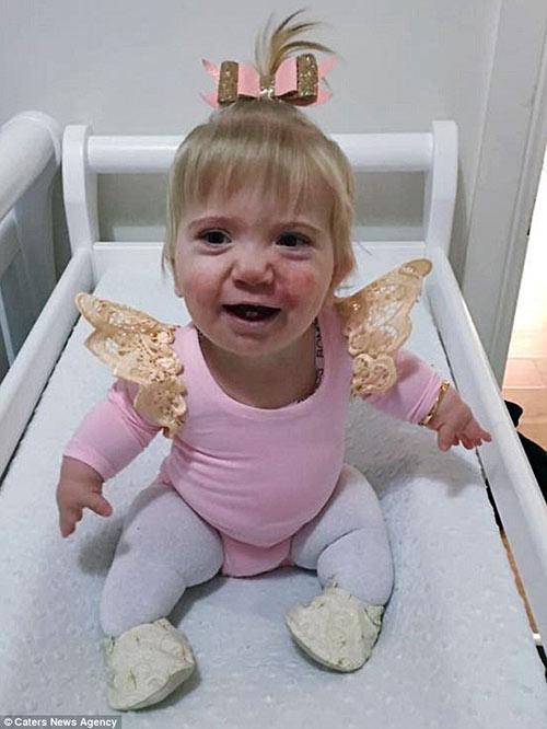 Em bé kỳ lạ 3 lần được báo đã chết trong bụng mẹ vẫn sống sót - 6