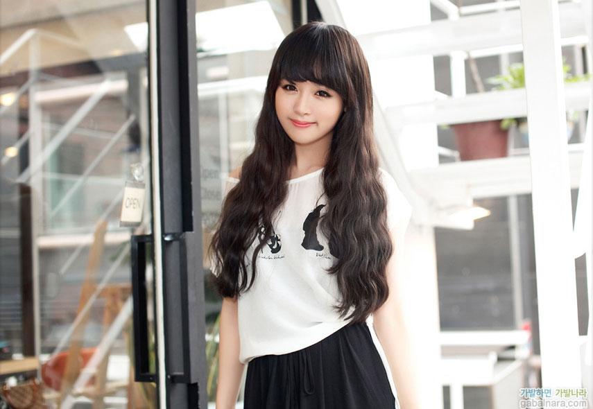Kiểu tóc dài uốn xoăn sóng nhỏ đẹp 2016 cuốn hút sao kpop hàn quốc - 1