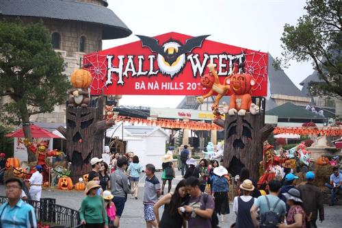 Lễ hội halloween huyền bí trên đỉnh bà nà - 1