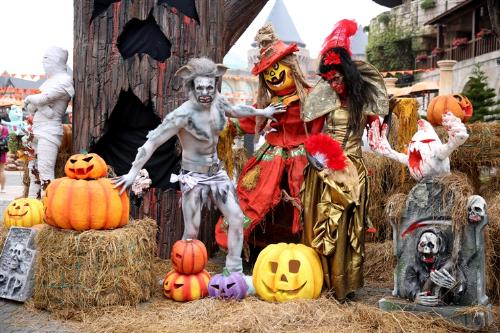Lễ hội halloween huyền bí trên đỉnh bà nà - 2