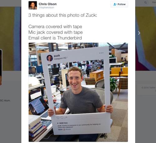 Mark zuckerberg dán kín webcam và jack micro của máy tính - 1