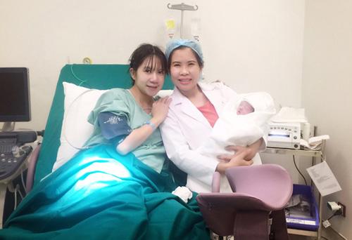 Nữ bác sĩ sản khoa kể chuyện 4 lần đỡ đẻ cho vợ ca sĩ lý hải - 2
