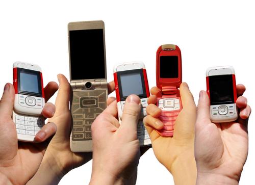 điện thoại cục gạch ở việt nam vẫn bán chạy như iphone 7 - 1