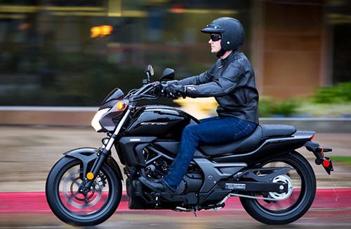 10 môtô đáng mua nhất 2014 - 10