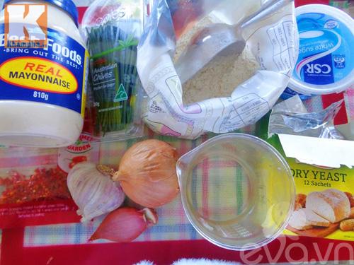 Bánh mì nướng tỏi ớt hấp dẫn vào bữa sáng - 1
