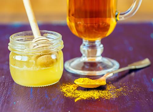 Cách làm viên nghệ mật ong thay thế hàng loạt mỹ phẩm trắng da đắt đỏ