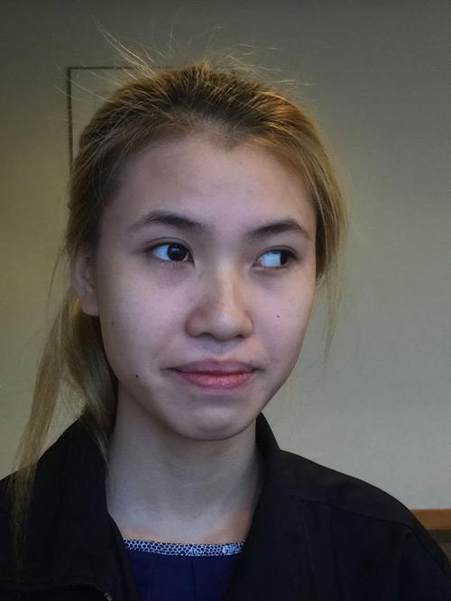 Cảm động cô gái mắt lé đi phụ hồ để kiếm tiền thẩm mỹ