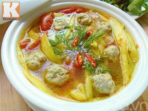 Canh chua chả cá dọc mùng tốn cơm vô cùng - 6