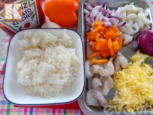 Cơm hải sản đút lò tuyệt ngon cho bữa sáng - 1