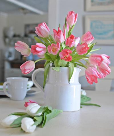 Đủ kiểu cắm hoa tulip dễ nhưng đẹp sang trọng - 9