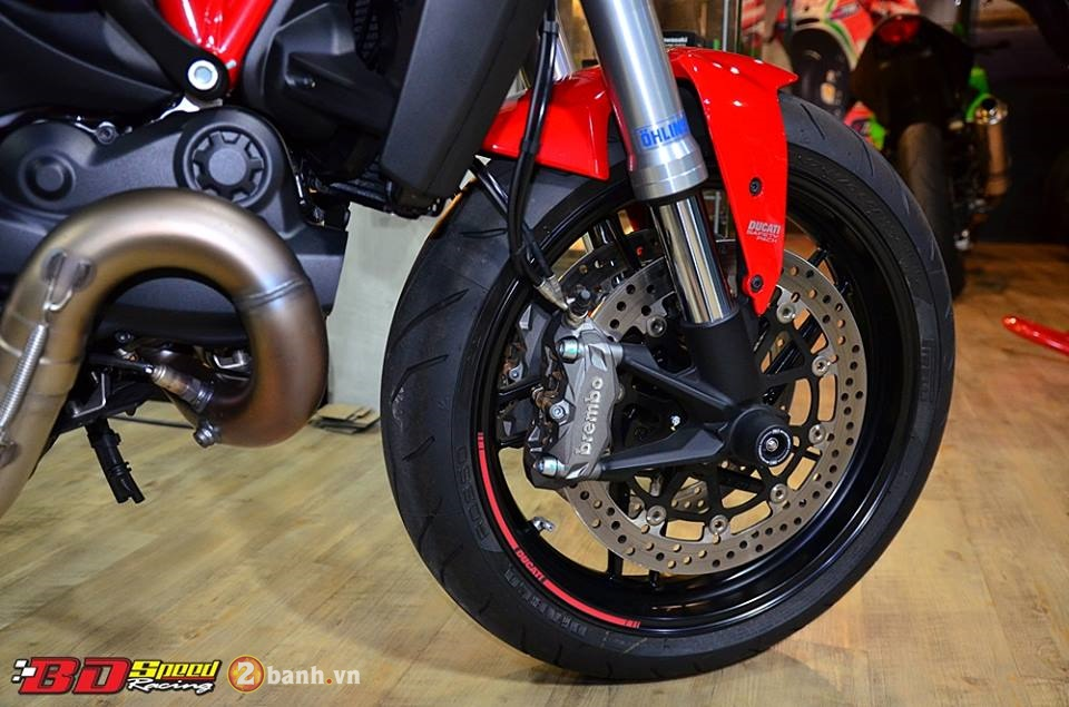 Ducati monster 821 cực chất bên dàn đồ chơi hàng hiệu - 7