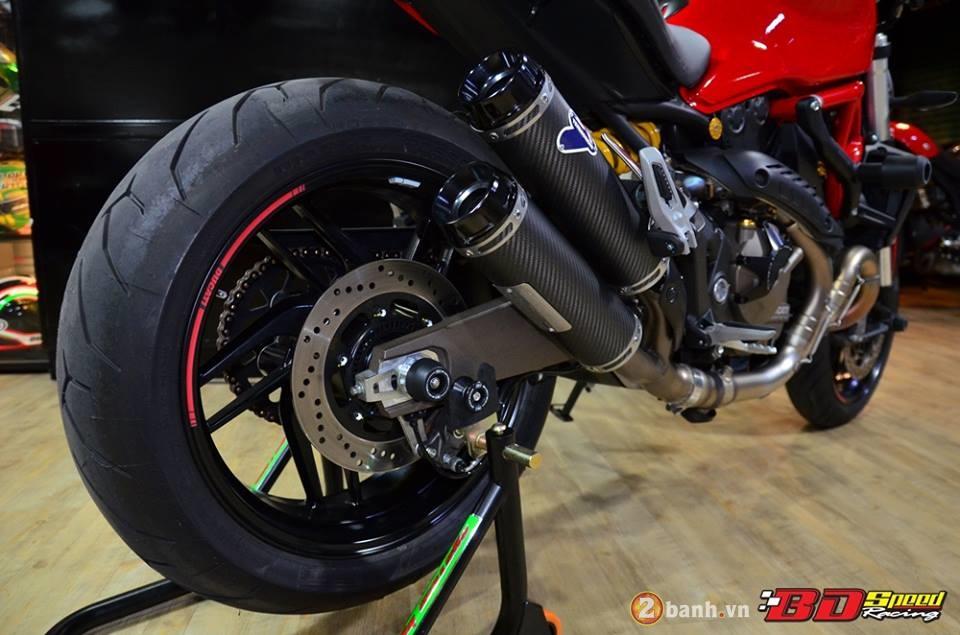 Ducati monster 821 cực chất bên dàn đồ chơi hàng hiệu - 12