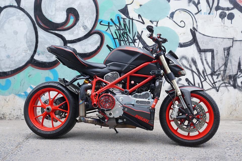 Ducati streetfighter 848 siêu chất với dàn đồ chơi khủng tại sài gòn - 4