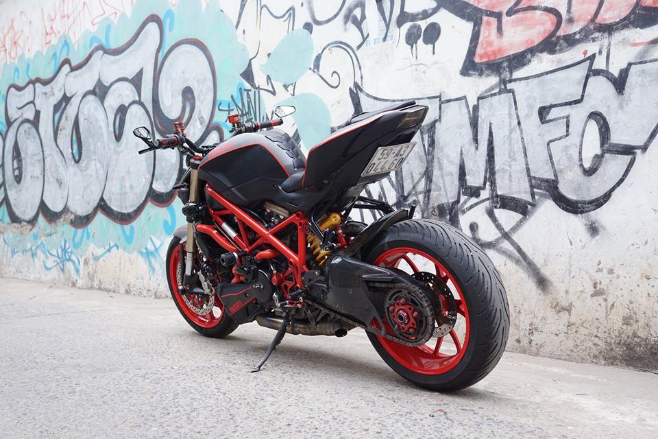 Ducati streetfighter 848 siêu chất với dàn đồ chơi khủng tại sài gòn - 8