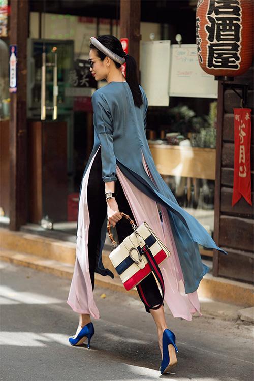 Những cách mặc áo dài cách tân với quần âu đẹp ngất ngây - 5