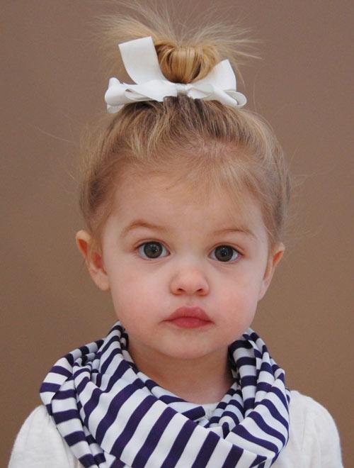 Những kiểu tóc đẹp ngày khai giảng cho bé gái các mẹ đừng quên - 8