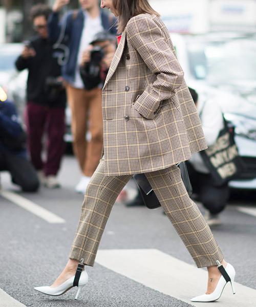 Thêm một kiểu quần sành điệu bất ngờ cho nữ công sở thích nổi bật - 4