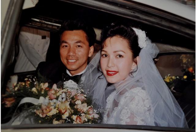 Trầm trồ ngắm lại váy cưới của sao việt mấy chục năm trước - 6