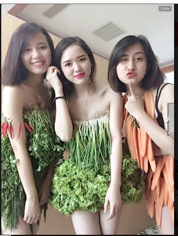 Váy sexy từ xà lách cải thảo rau cần ở vĩnh phúc gây sốt mạng xã hội - 6