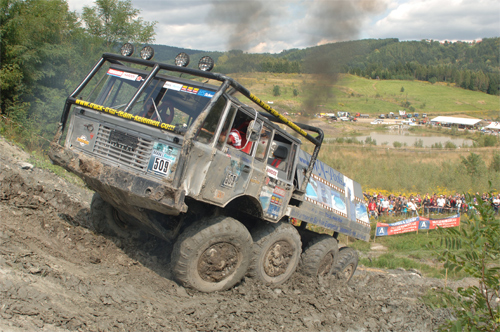 xe tải 8 bánh trổ tài off-road - 1